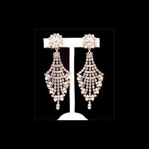 Stage Earrings 91036